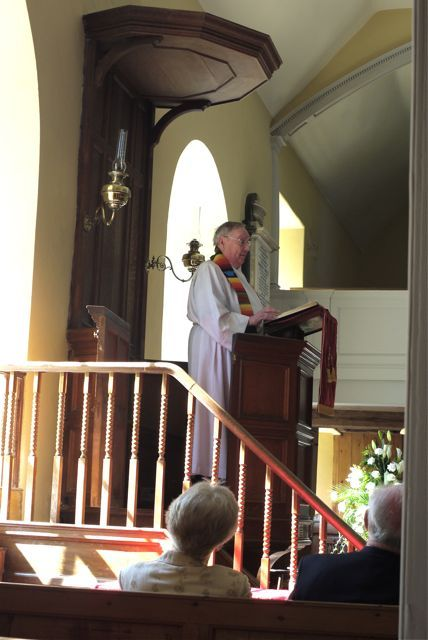 Rev Willis Jones preaching at the East Church, Cromarty
